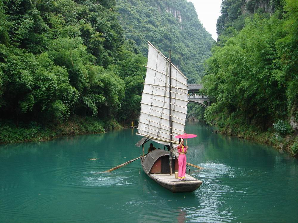 青岛到长江三峡大坝,交运两坝一峡豪华游轮,屈原故里